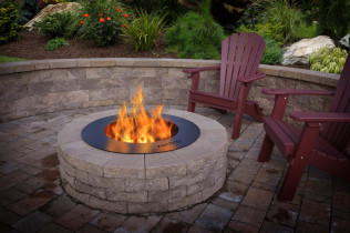 Round Steel Zentro in Block Fire Ring